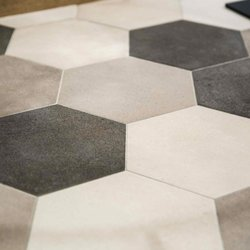 Hexagon cement tiles refurbish the Loft B22