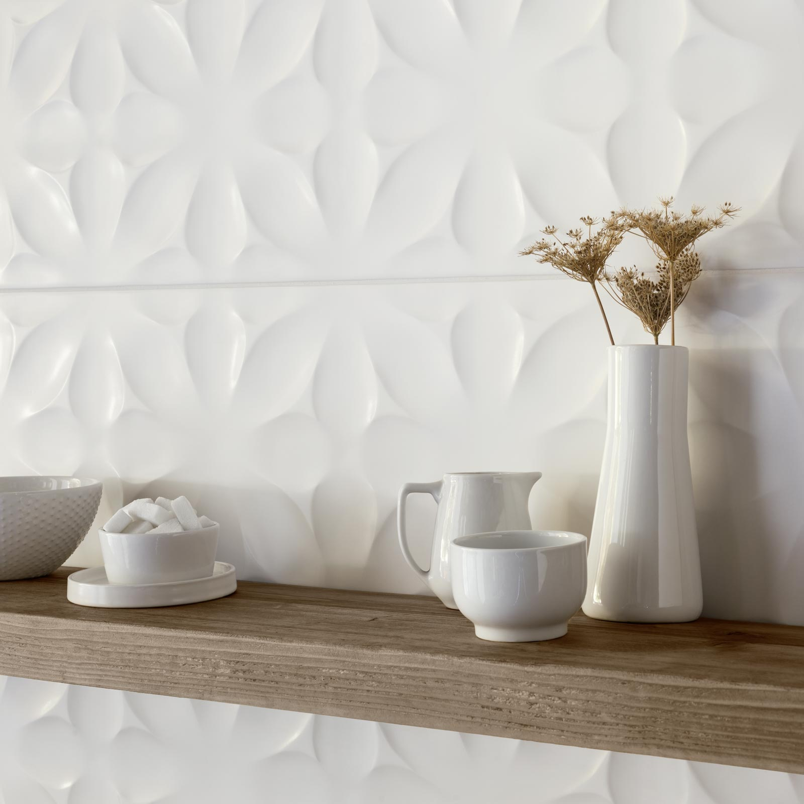 White Tiles: see the collections  Ragno