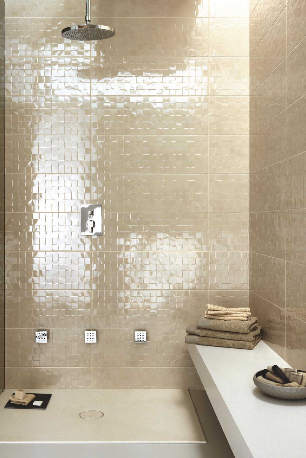 Handmade collection gloss effect bathroom walls ragno handmade ceramic tiles ragno4959 dailygadgetfo Choice Image