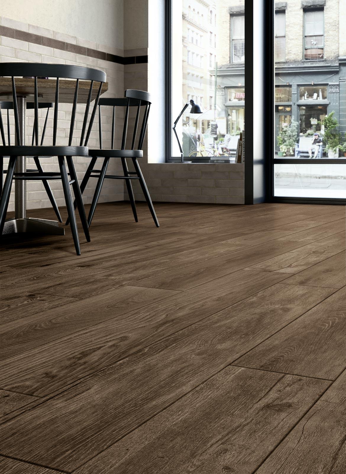 Woodspirit wood look stoneware ragno for Tipos de pisos para interiores