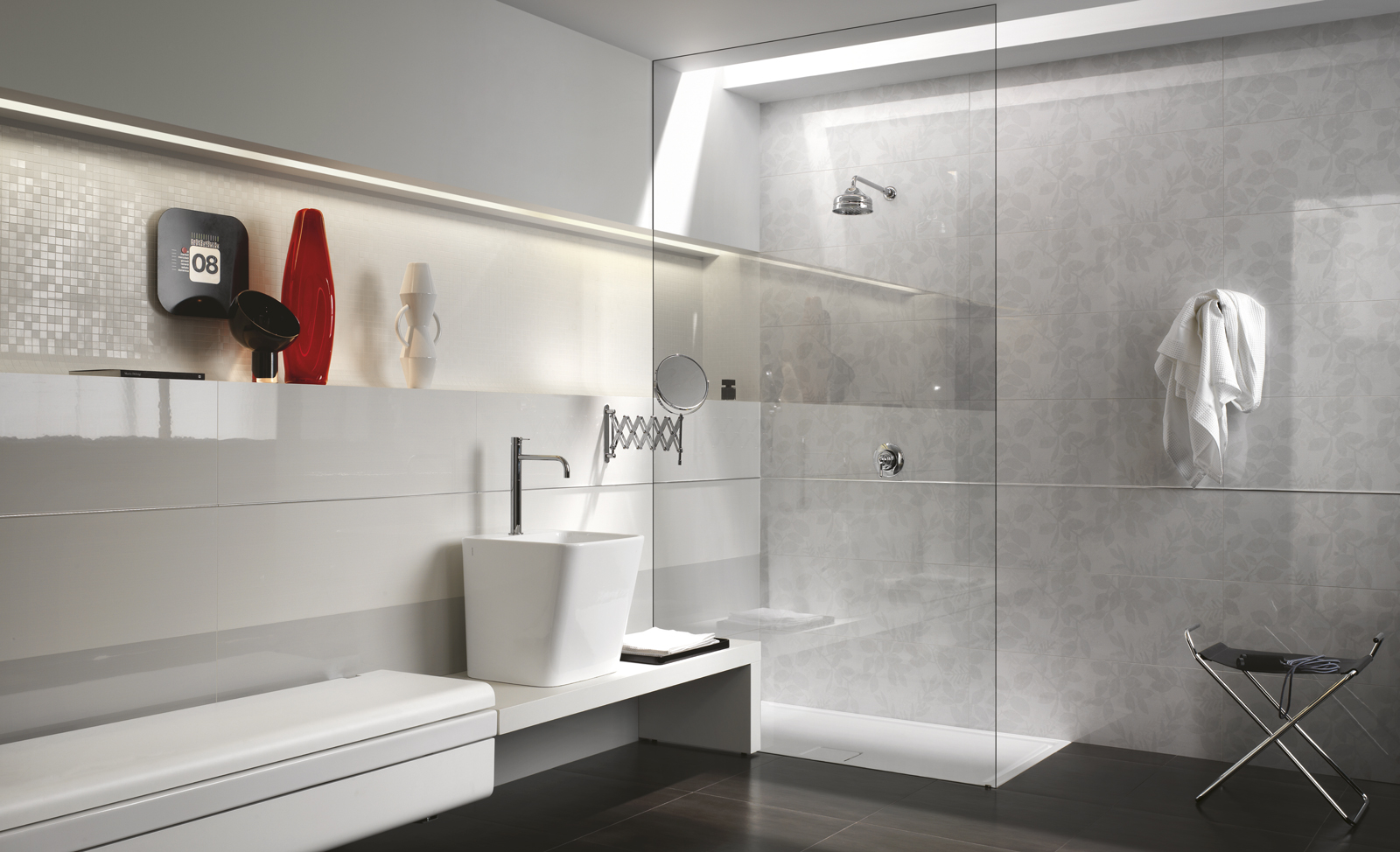 Still Collection: Glossy bathroom tiles | Ragno